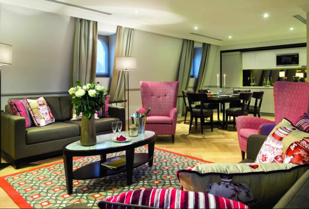 la-clef-tour-eiffel-high-end-residences-trocadero-champs-elysees