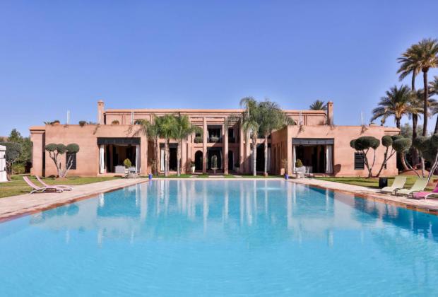 palace-a-vendre-piscine-spa-jacuzzi-jardin-terrasses