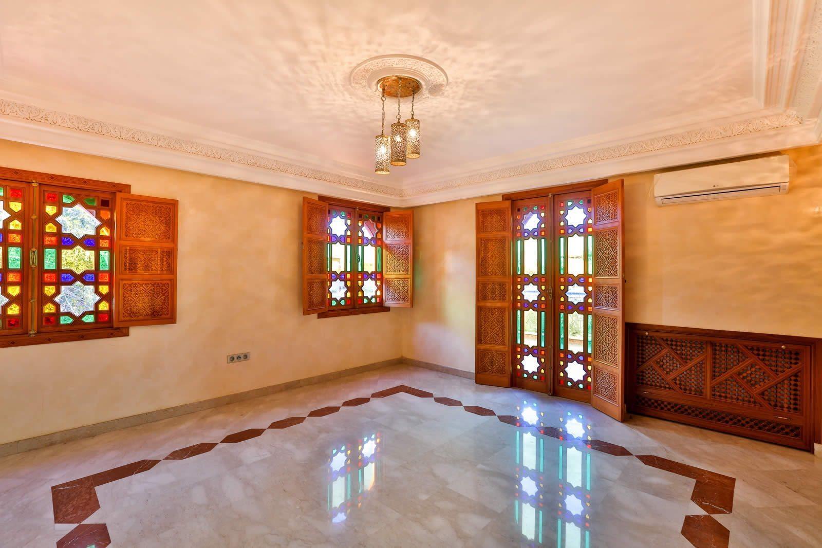 villa-for-sale-golf-amelkis-sauna-pool-jacuzzi