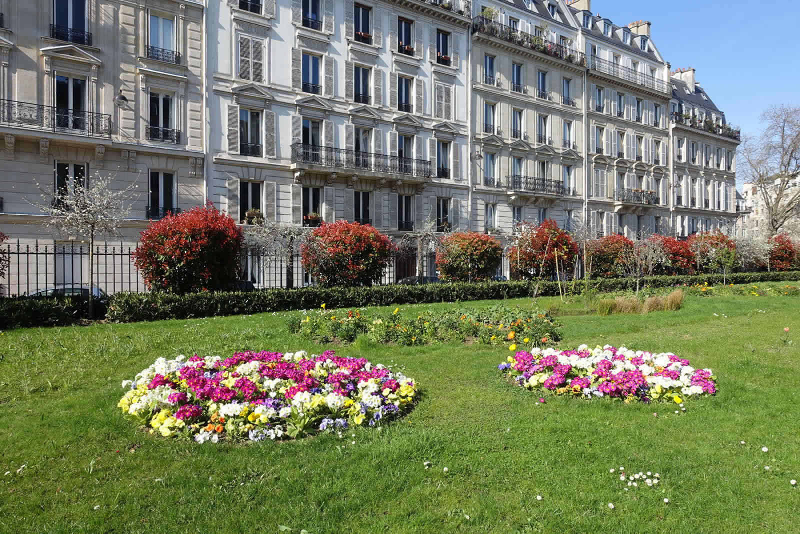 Discover paris and its 17th arrondissement neighborhoods for Appart hotel 5eme arrondissement paris