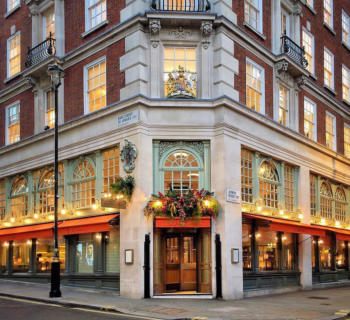 mayfair-quartier-londonien-immobilier-bar-restaurant-hotels-duplex
