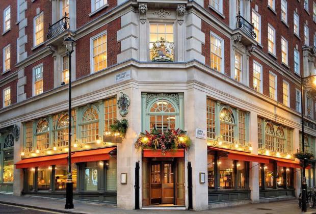 mayfair-quartier-londonien-immobilier-bar-restaurant-hotels-duplex