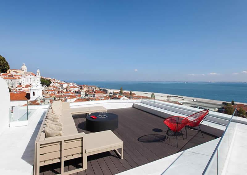 Memmo alfama lisbonne h tel design boutique rooftop for Hotel design piscine lisbonne