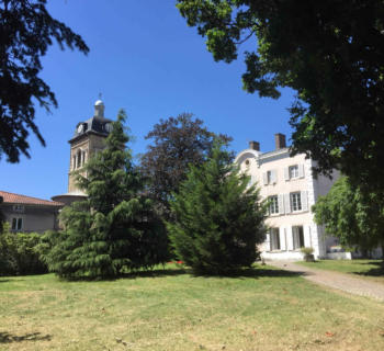 historic-property-for-sale-in-saint-genis-les-ollieres-luxury-appartements-terraces-lawn