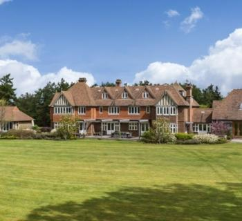 exceptional-property-for-sale-surrey-tennis-court-swimming-pools-spa-stables