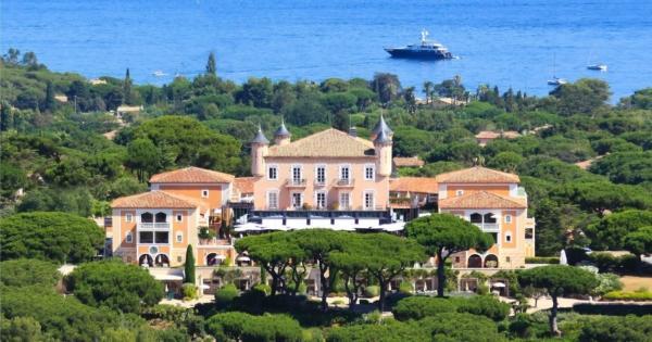 le-chateau-de-la-messardiere-hotel-5-etoiles-plages-privees-restaurant-gastronomique