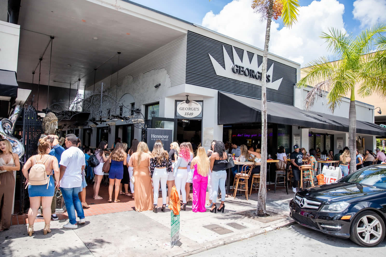 restaurant-georges-on-sunset-a-vendre-coral-gables-investissementrestaurant-georges-on-sunset-a-vendre-coral-gables-investissement