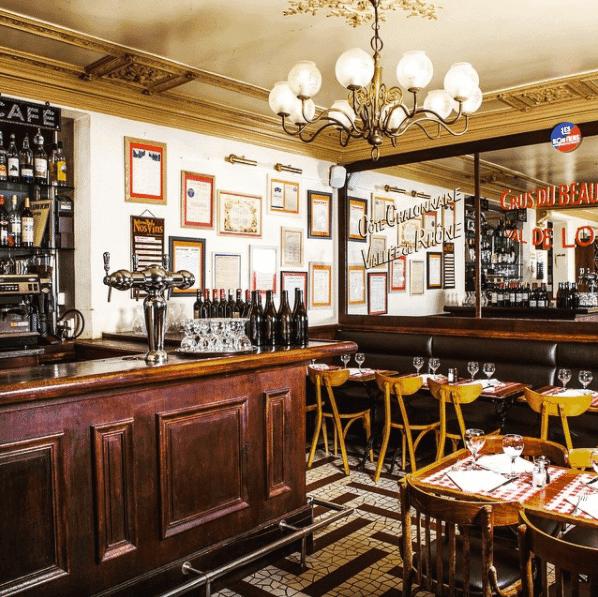 restaurant-les-marches-bistrot-typique-cuisine-francaise-authentique