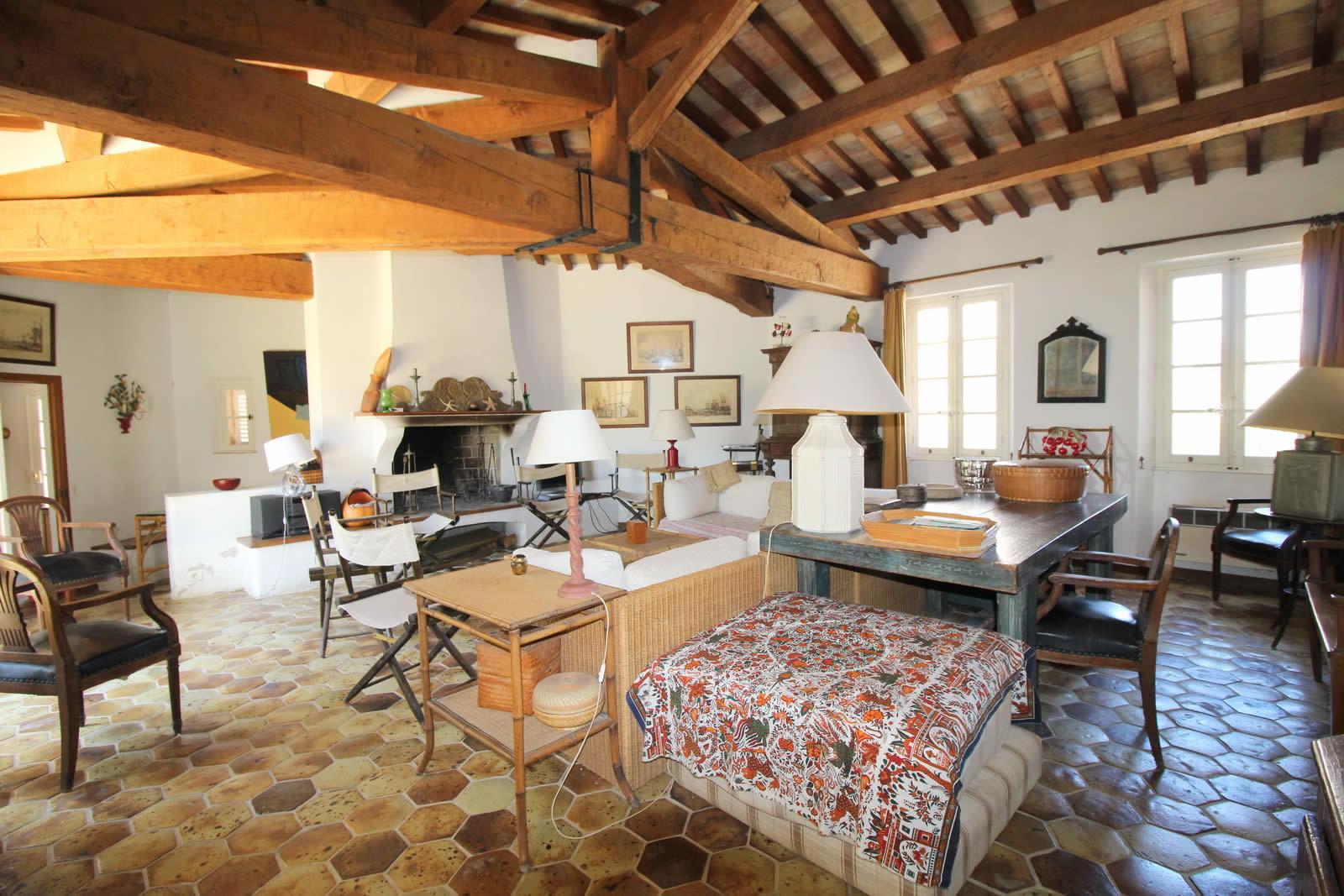 Villa vendre porquerolles 5 6 chambres terrasse for Acheter maison porquerolles