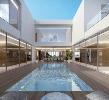 luxurious-villas-for-sale-waterfront-pools-golf-course