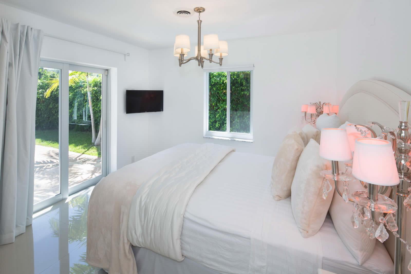 villa-a-vendre-deerfield-beach-maison-renovee-piscine-acces-ocean