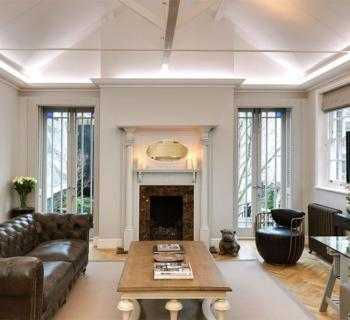 luxury-penthouse-duplex-for-rent-mayfair-fireplace-private-patio-terrace