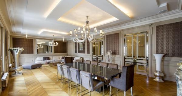 luxury-apartment-for-sale-foch-neighborhood-cellar-attic-double-garage