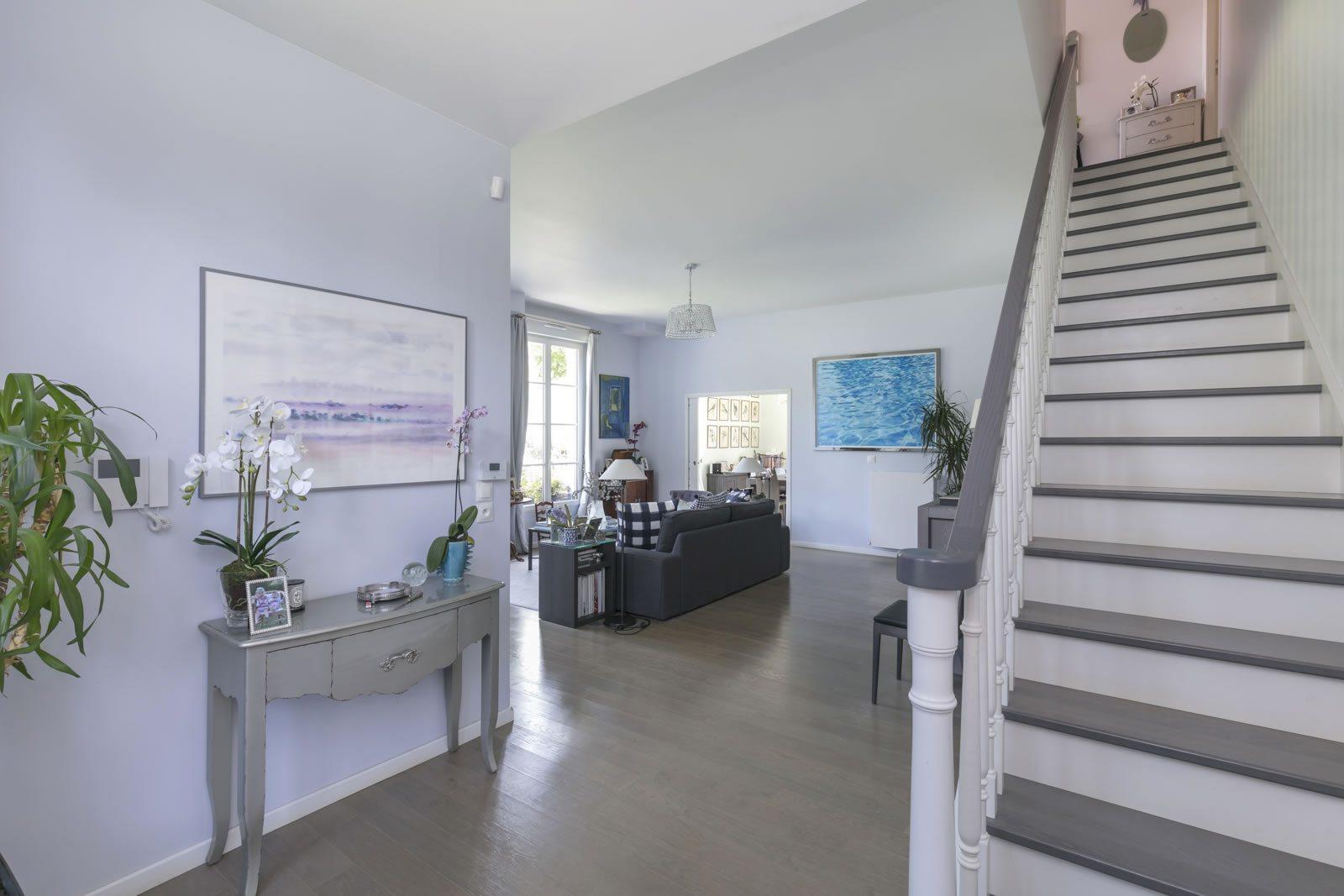 maison de l europe rueil malmaison cool bagelstein with. Black Bedroom Furniture Sets. Home Design Ideas