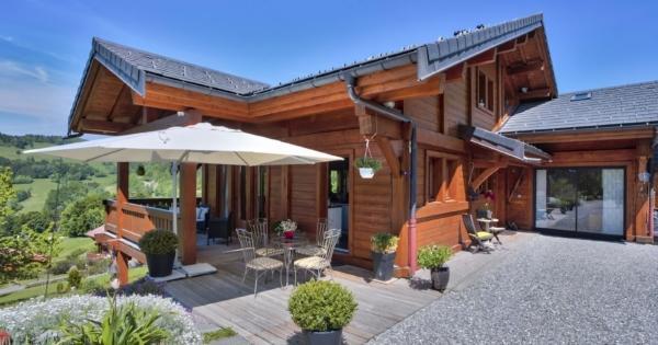 beautiful-chalet-for-sale-talloires-montmin-terraces-garage-calm-environment
