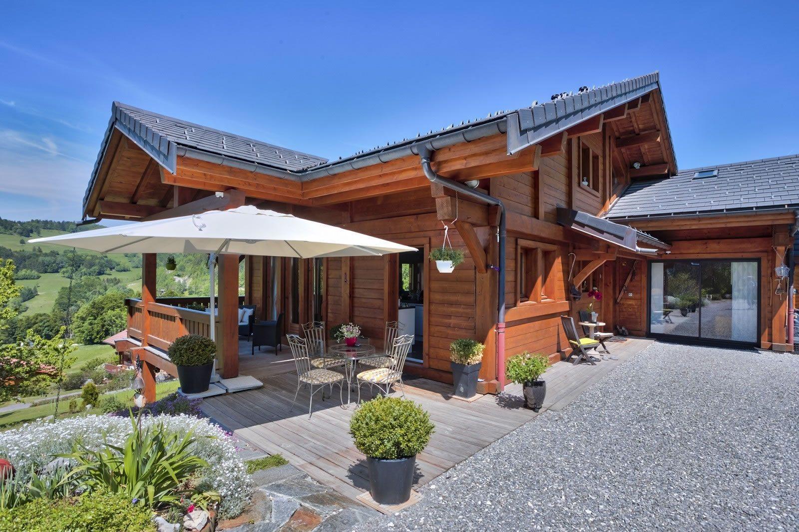 magnifique-chalet-a-vendre-talloires-montmin-proche-terrasses-garage-environnement-calme