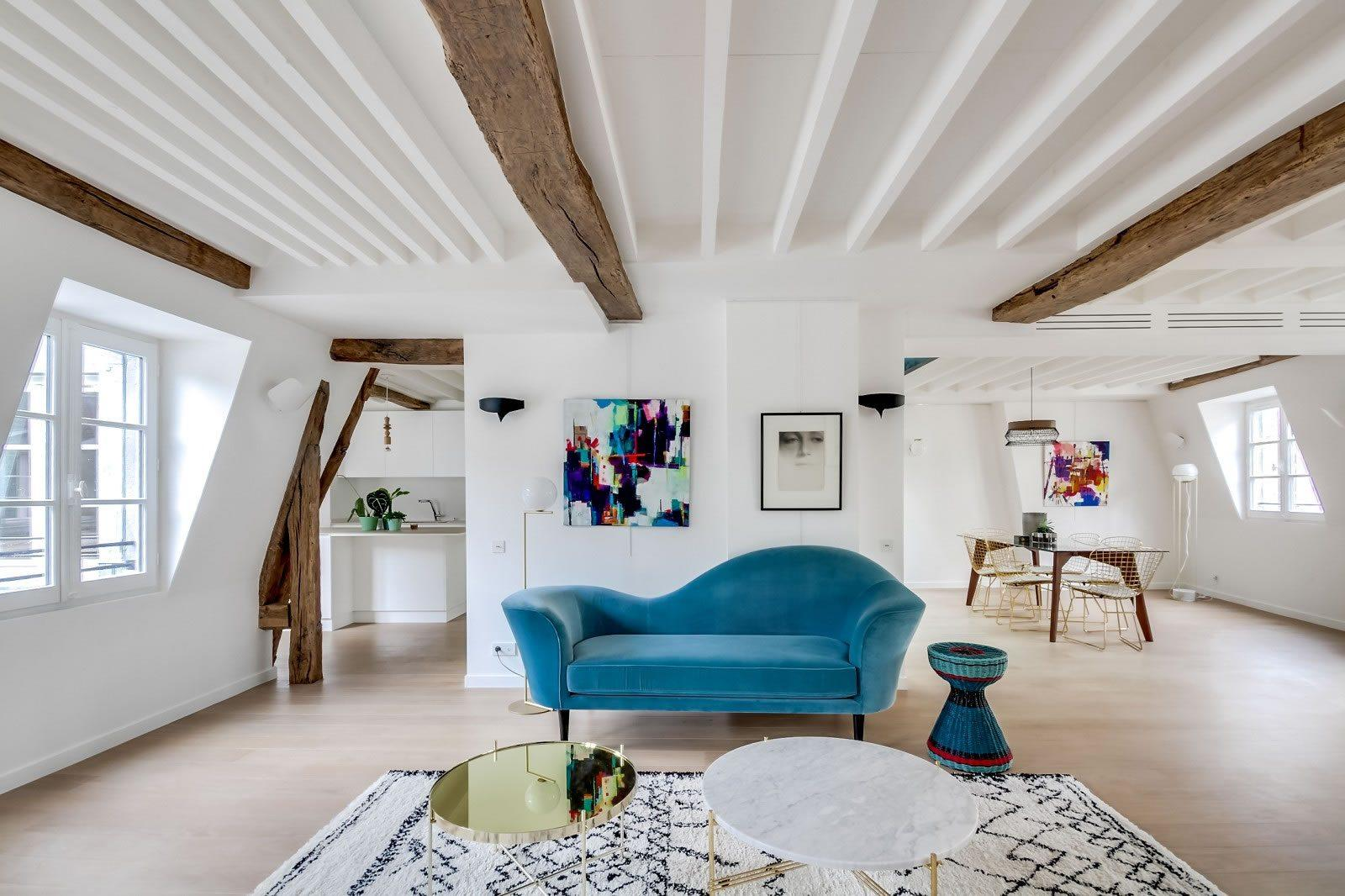 Magnifique duplex r nov vendre saint germain des pr s for Duplex appartement paris