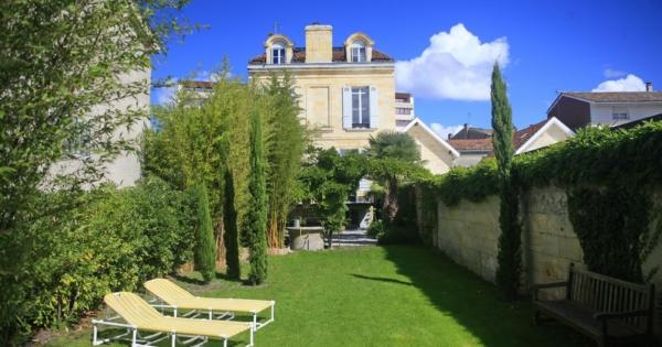 renovated-house-for-sale--barriere-de-pessac-terrace-garden-storage-cellars