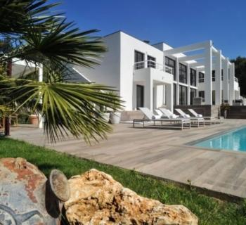 sumptuous-seafront-villa-swimming-pool-cyr-sur-mer-for-sale-terraces-hammam