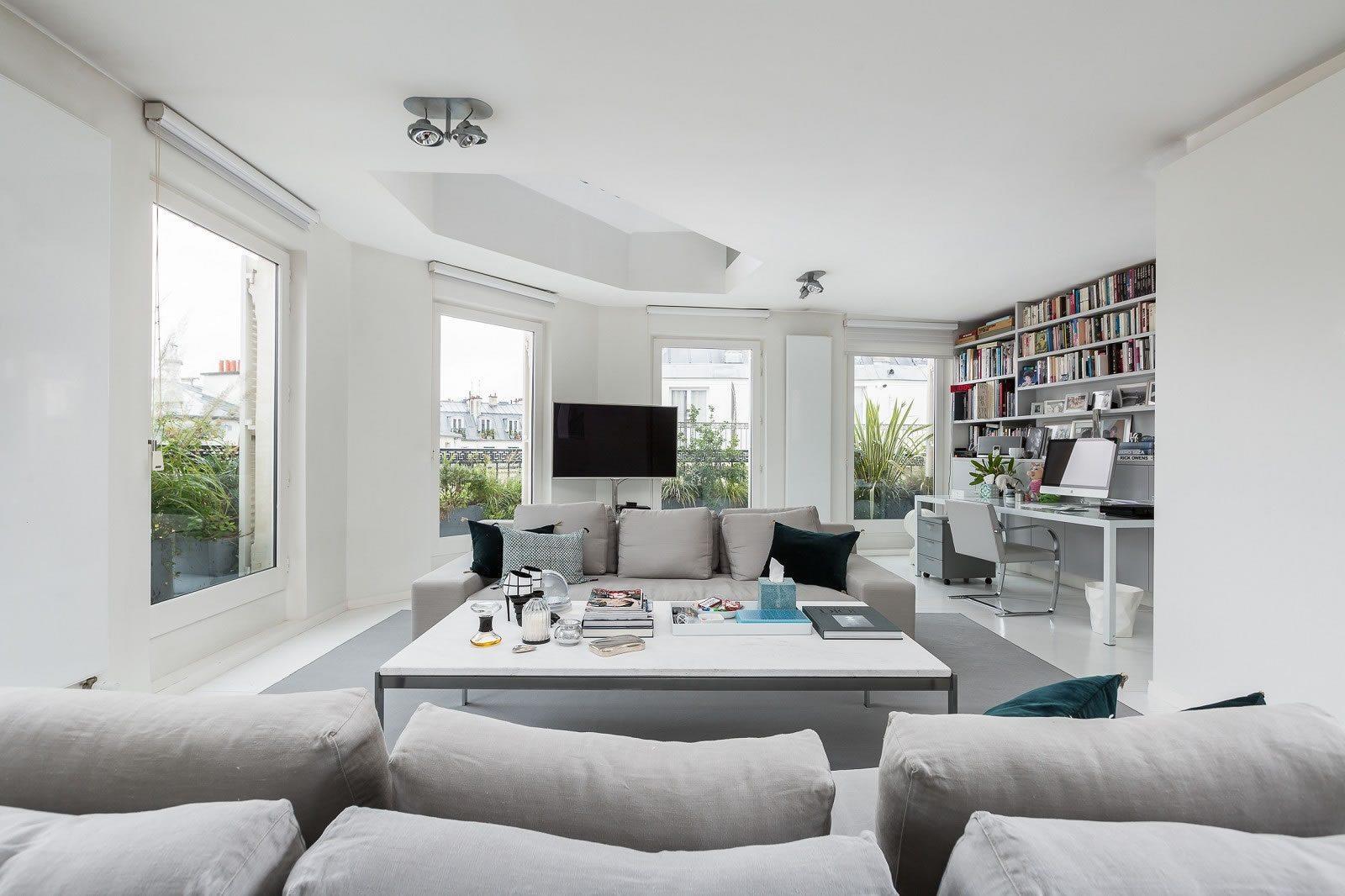 sublime-duplex-derniers-etages-rue-des-rosiers-a-vendre-mobilier-haut-de-gamme-cave
