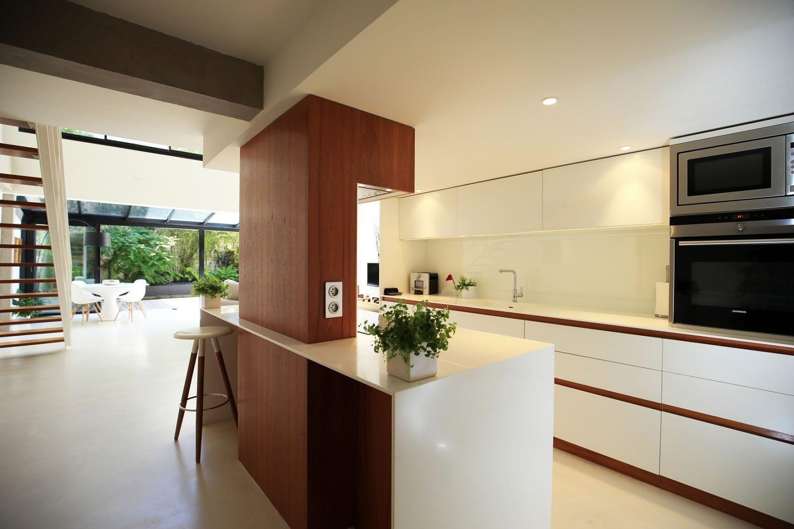 appartement-loft-a-vendre-terrasse-bassin-billard-garage