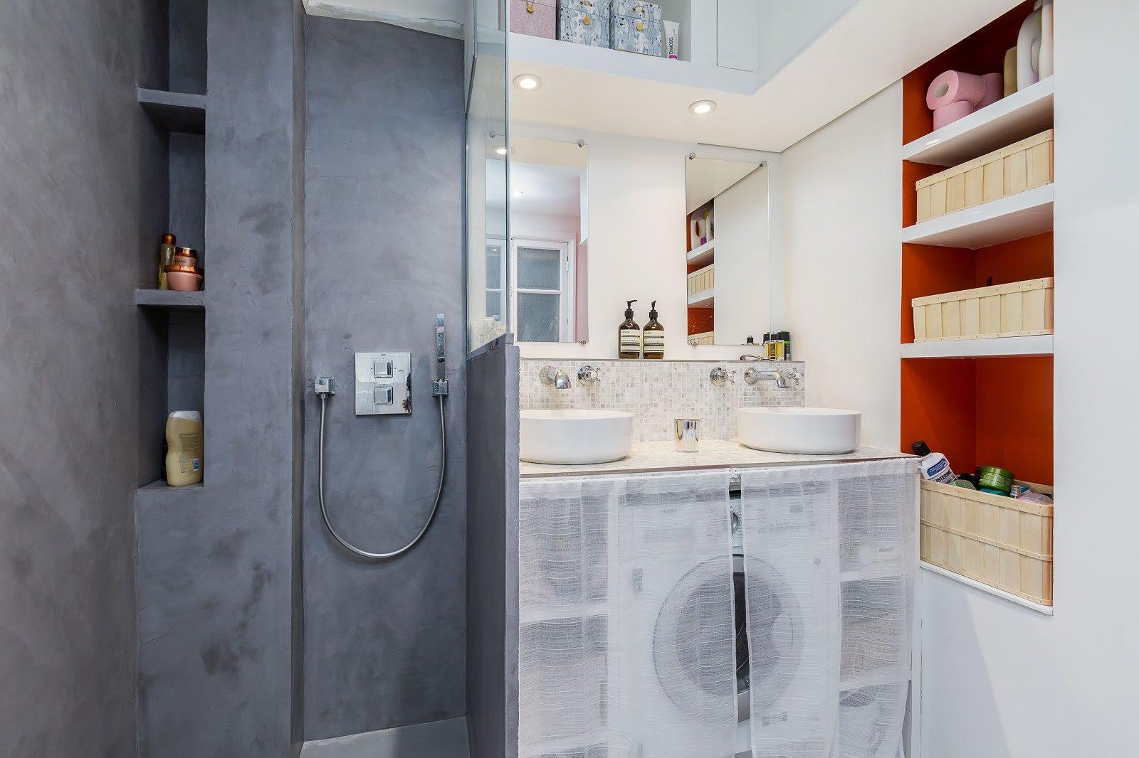 appartement-renove-a-vendre-cours-lumineuse-copropriete-bon-standing