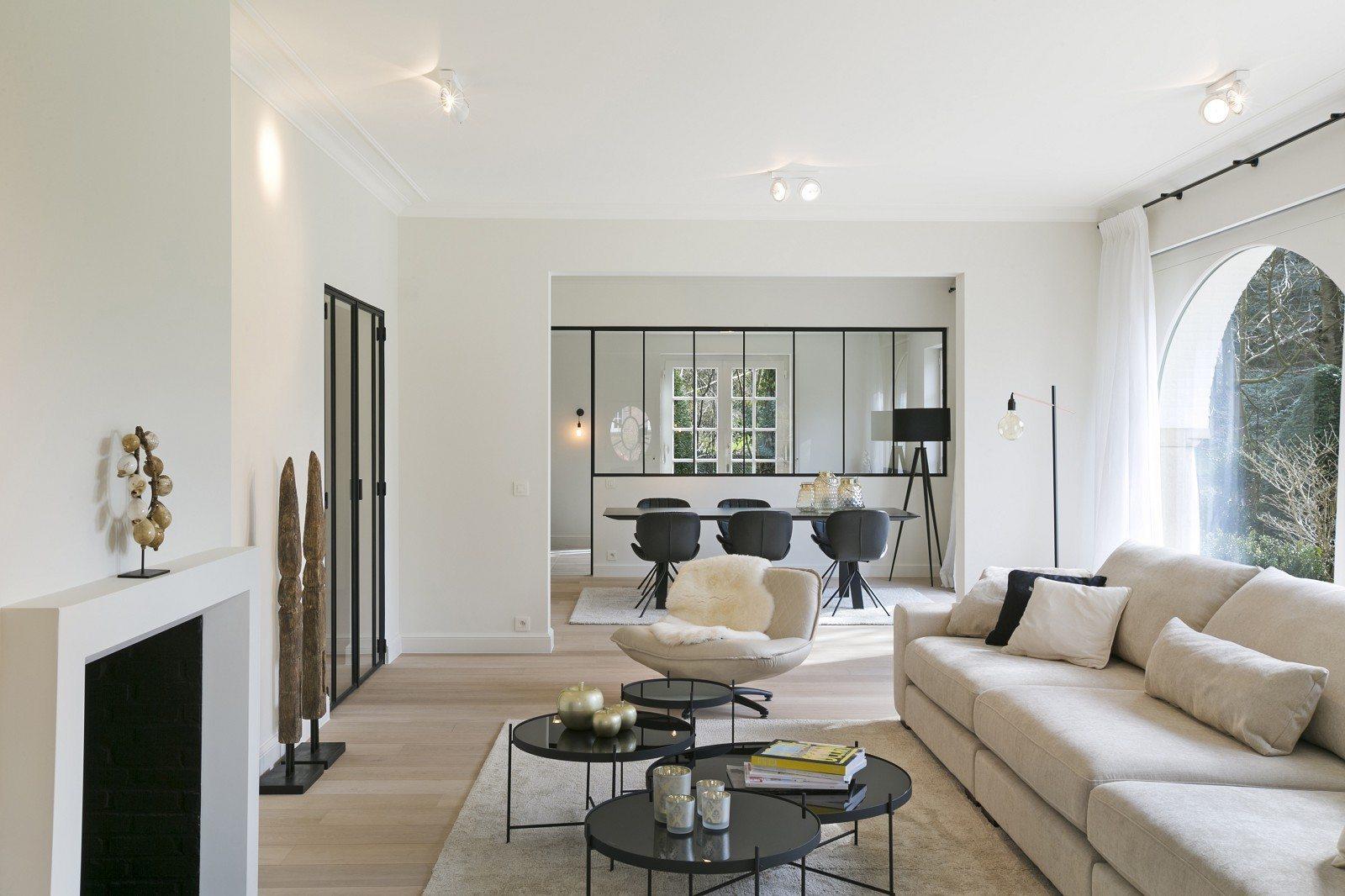 Tr s belle villa de l 39 architecte lipszyc vendre rhode for Acheter une maison a bruxelles