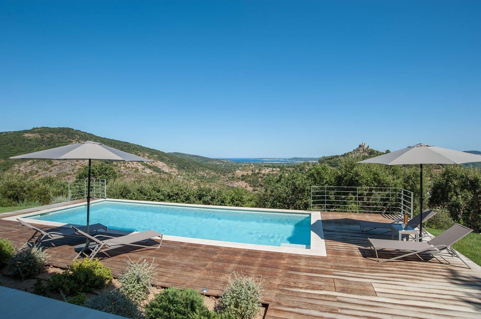 exceptionnelle-villa-neuve-piscine-vue-sublime-a-vendre-grimaud-double-garageexceptionnelle-villa-neuve-piscine-vue-sublime-a-vendre-grimaud-double-garage