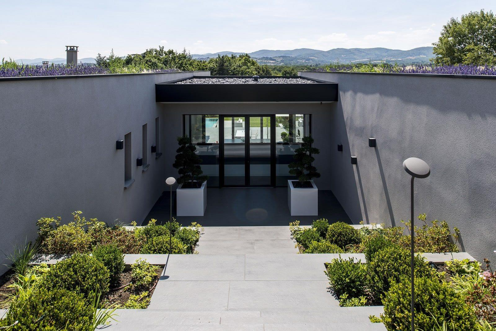 maison-contemporaine-exceptionnelle-a-vendre-charbonnieres-les-bains-cave-buanderie-garage-velos-jardin-paysager-piscine