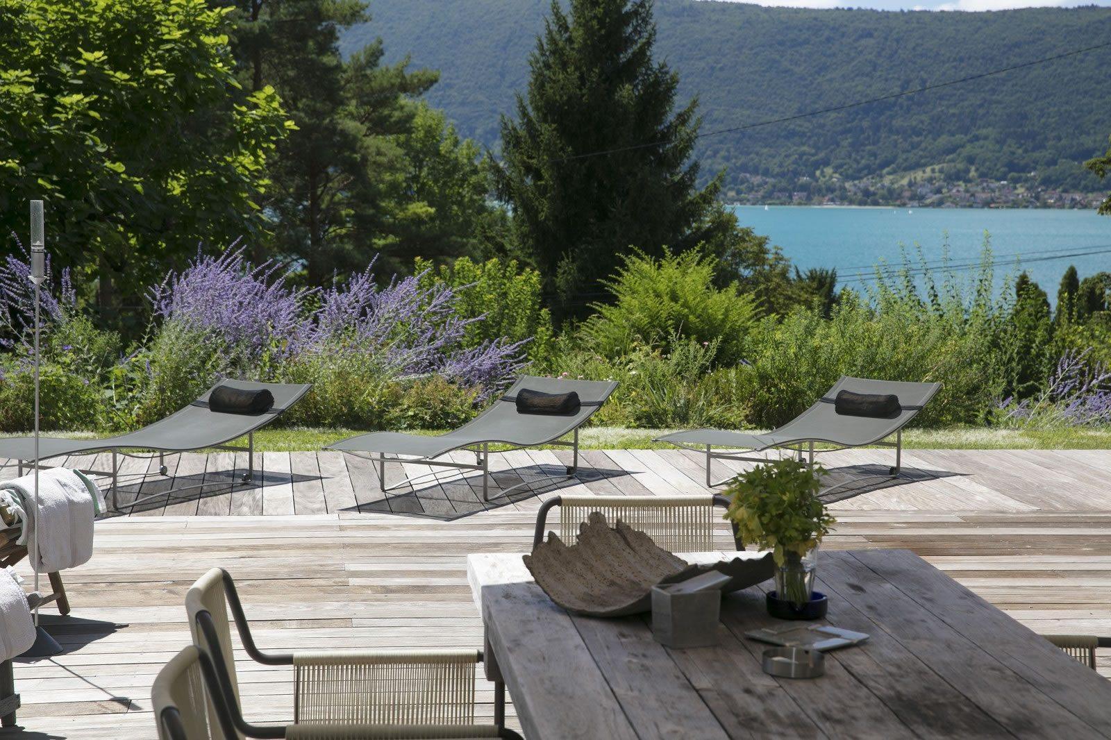 Belle Villa Contemporaine De Bois Avec Piscine Vendre Veyrier Du Lac Avec Vue Sur Le Lac 4