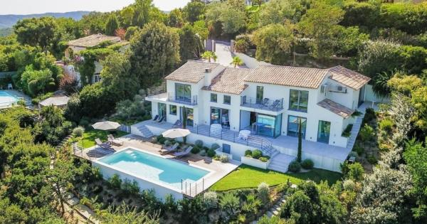 exceptional-new-villa-pool-sublime-view-for-sale-grimaud-double-garage
