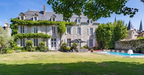 18-century-manor-for-sale-guerande-fireplace-pool-gym-garage
