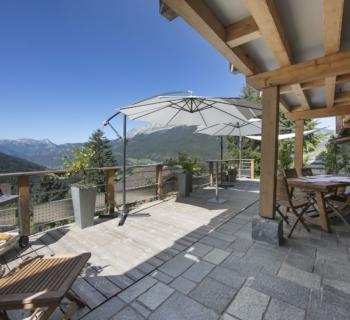 magnificent-chalet-for-sale-terraces-balconies-panoramic-view-workshops-garden-parking