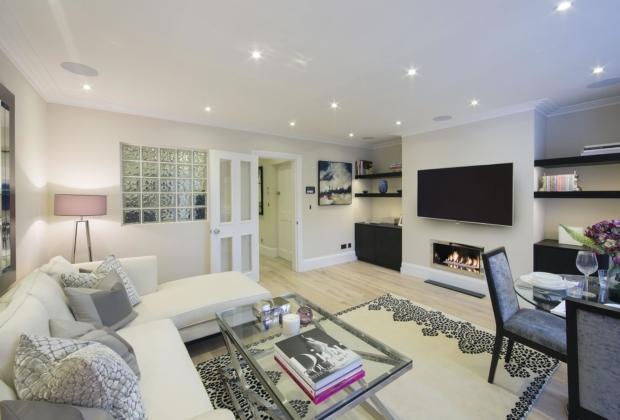 Renovated Luxury Apartment Prestigious Building Interior Design Garden