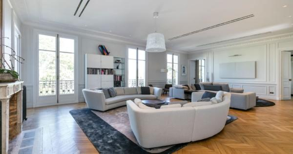 beautiful-renovated-apartment-for-sale-parc-monceau-high-end-fireplaces-high-ceilings