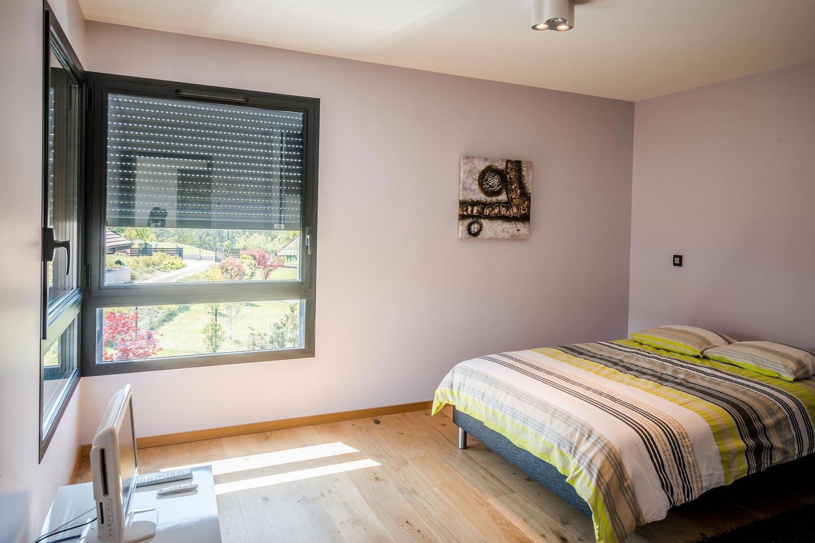 villa-architecte-a-vendre-thonon-les-bains-bureau-piscine-chauffee-garages-parking