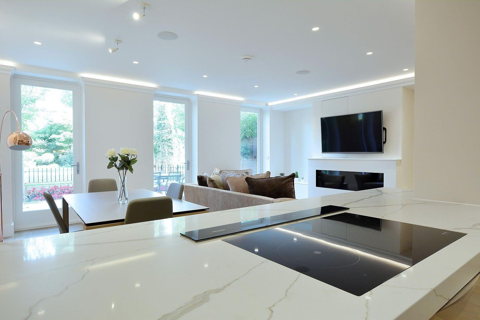 Magnificent ground floor apartment for sale in warrington for Appartement cuisine ouverte