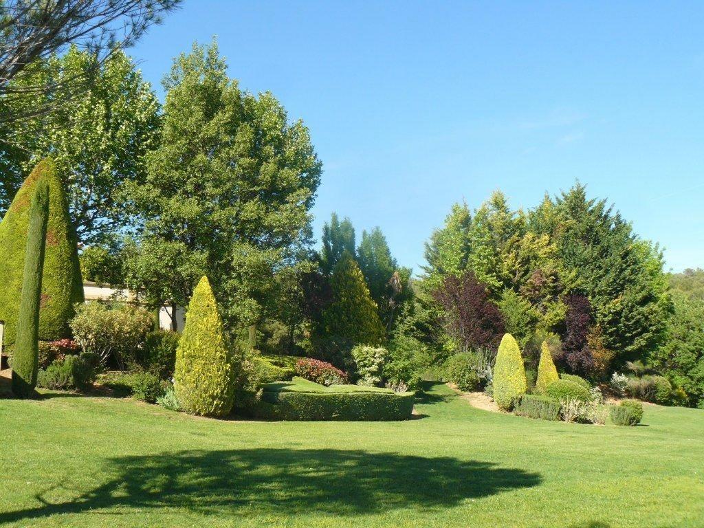 Magnifique bastide sur domaine de 5 hectares avec vue d gag e vendre 15 minutes d 39 aix en - Plantes bassin de lagunage aixen provence ...