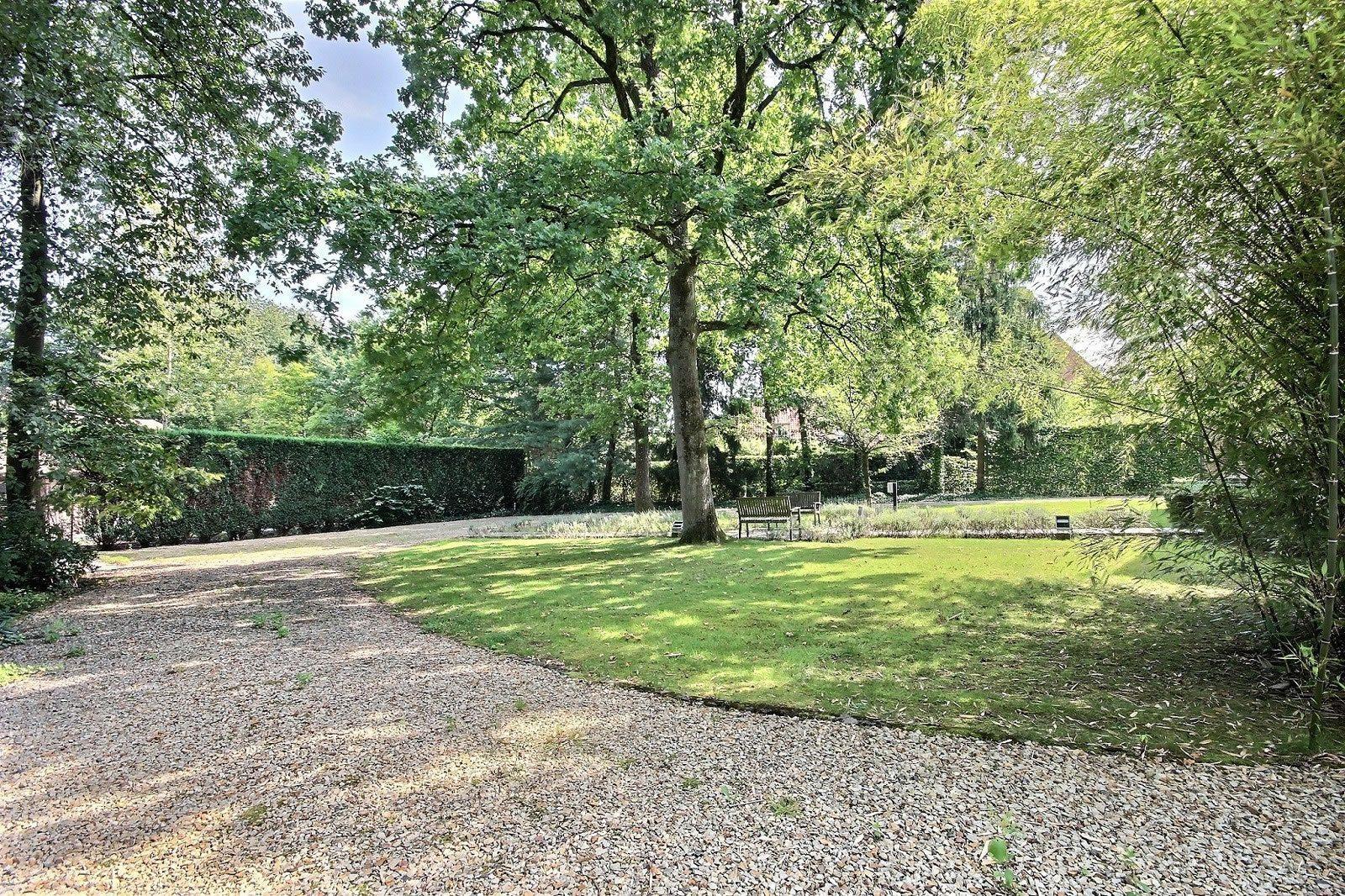 belle-maison-piscine-a-vendre-foret-de-soignes-cheminee-cave-vin