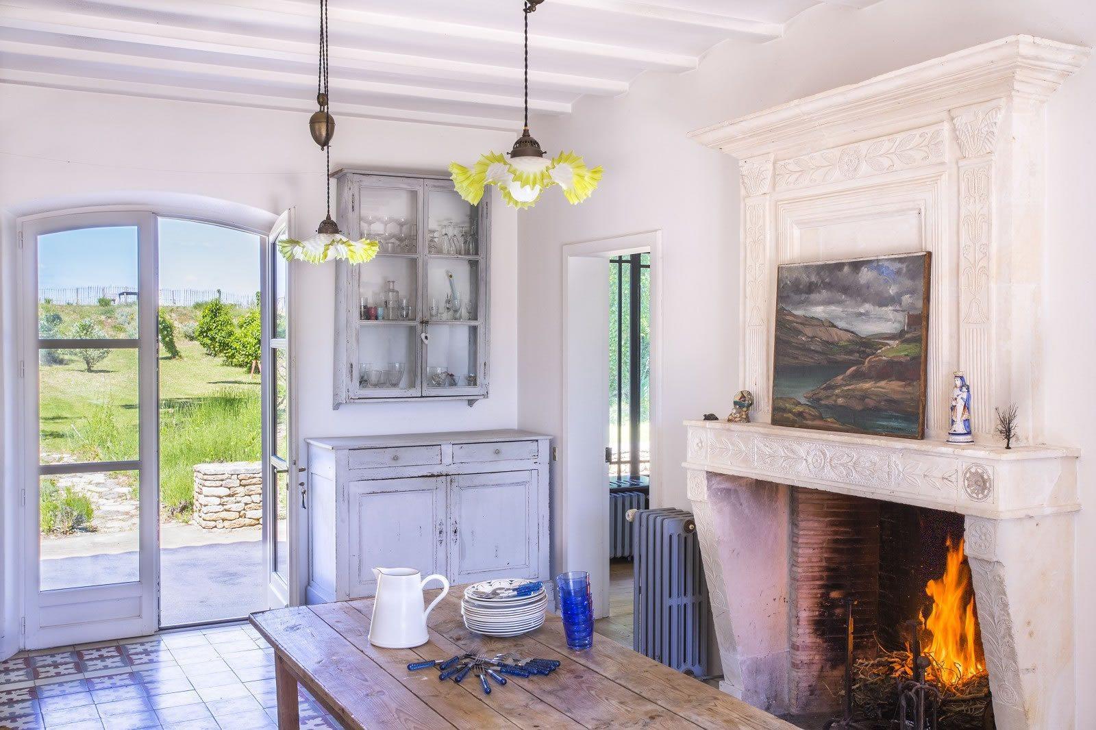 superbe-villa-acces-privee-plage-a-vendre-portes-en-re-atelier-terrasse-jardin