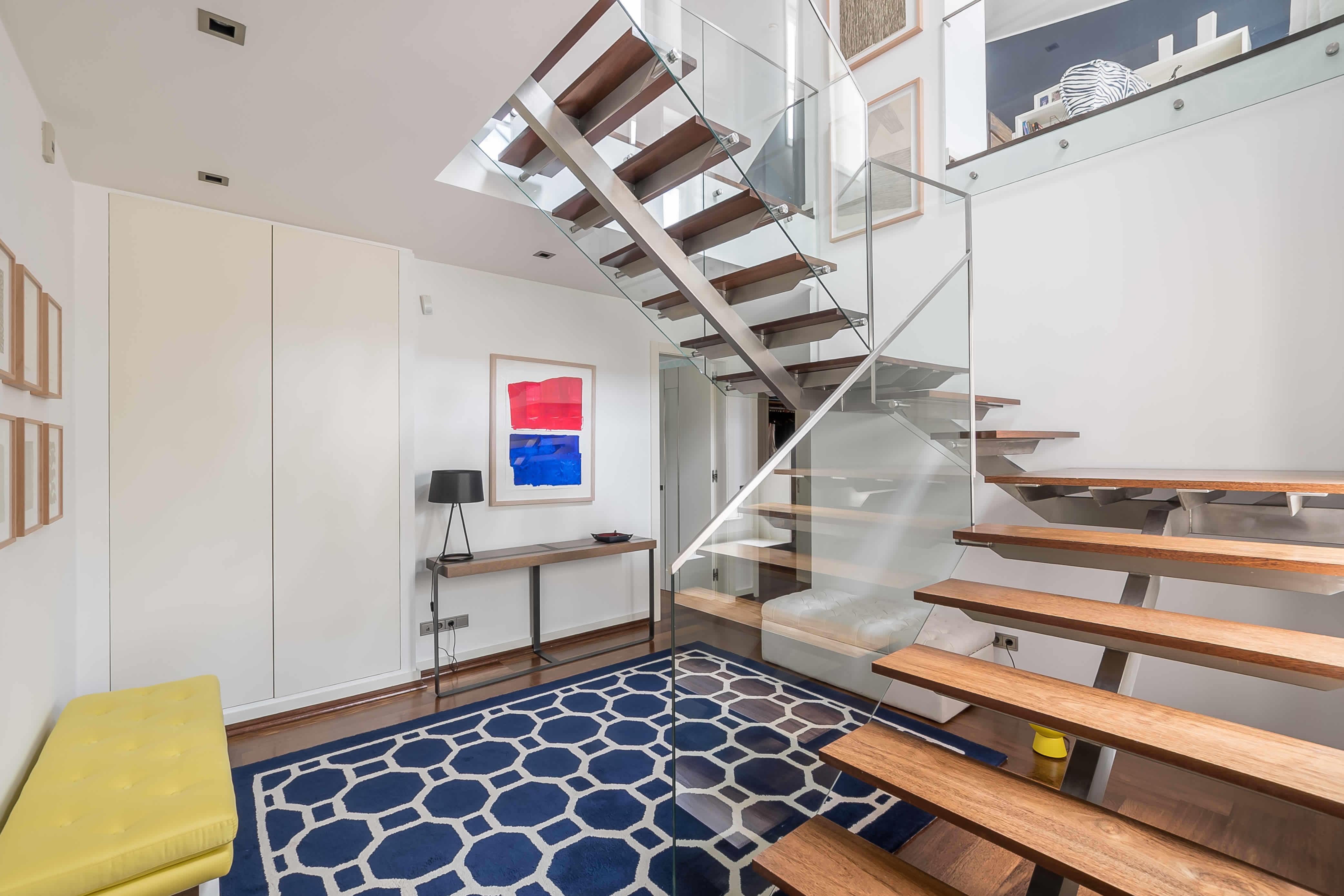 exceptionnel-duplex-a-vendre-chiado-batiment-renove-parking-cave