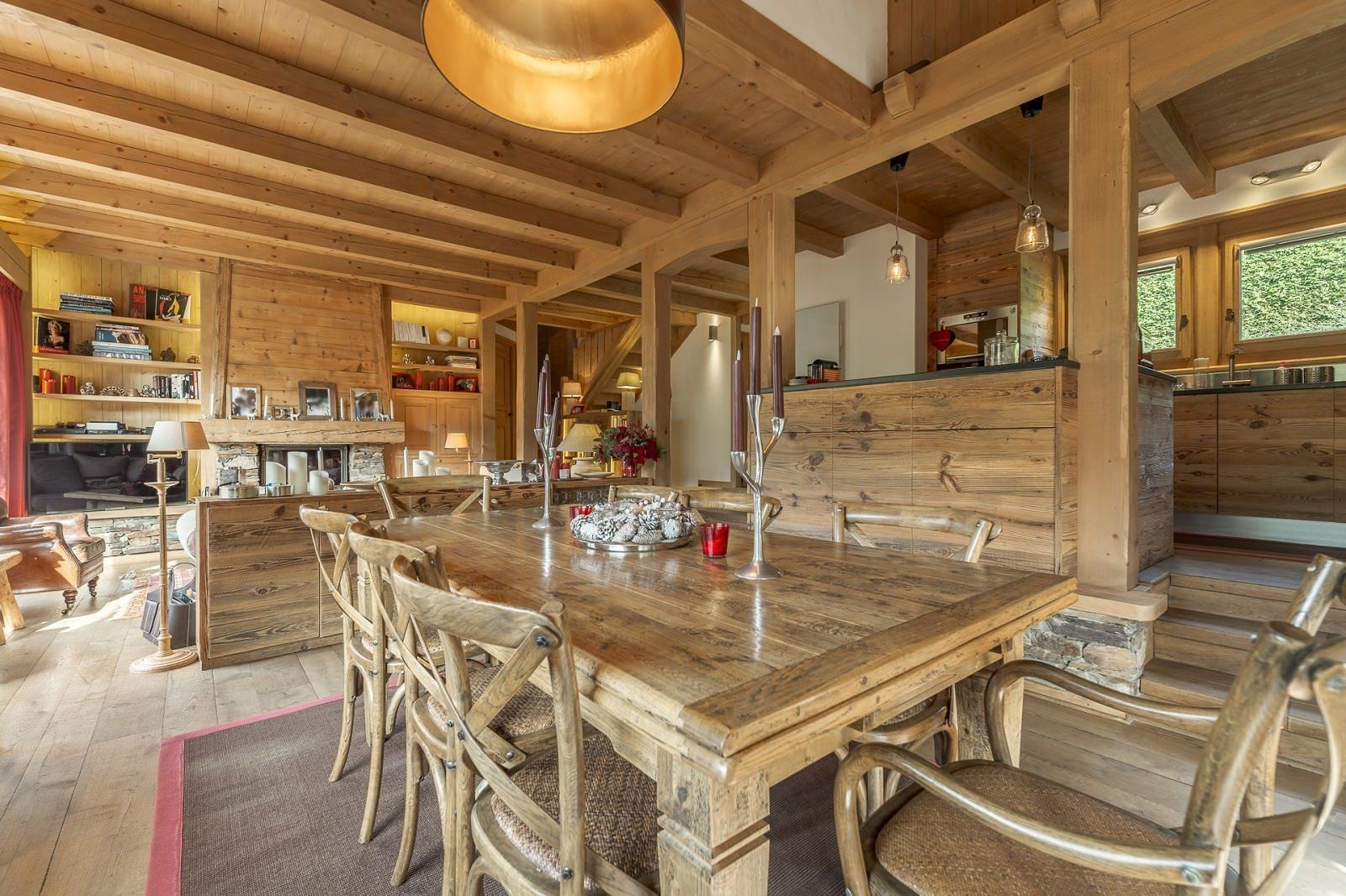 Lovely chalet for sale in rochebrune megève bedrooms