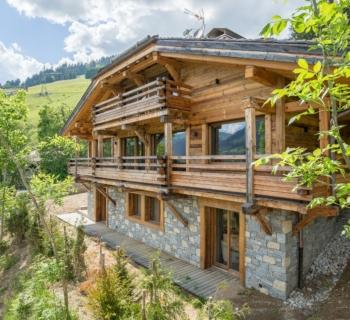 sublime-chalet-a-vendre-jaillet-garage-bar-cave-piscine-chauffee-sauna-terrasse