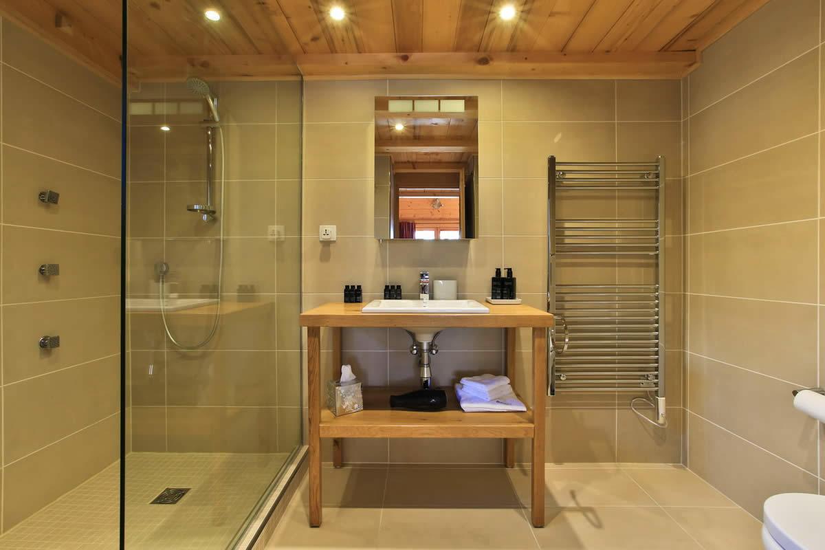 Living Rooms Pine Tar