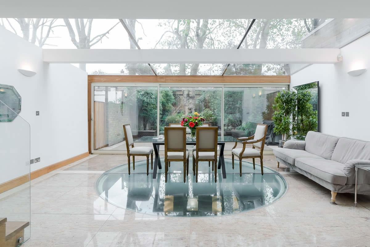 maison-exceptionnelle-quartier-chelsea-a-vendre-veranda-jardin-prive-piscine-sauna-terrasse