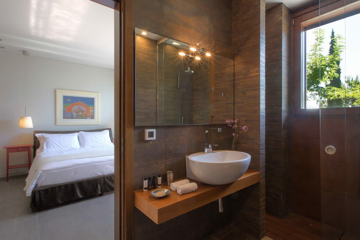 villa-grandiose-vue-panoramique-a-vendre-ile-crete-piscine-jardin-spa