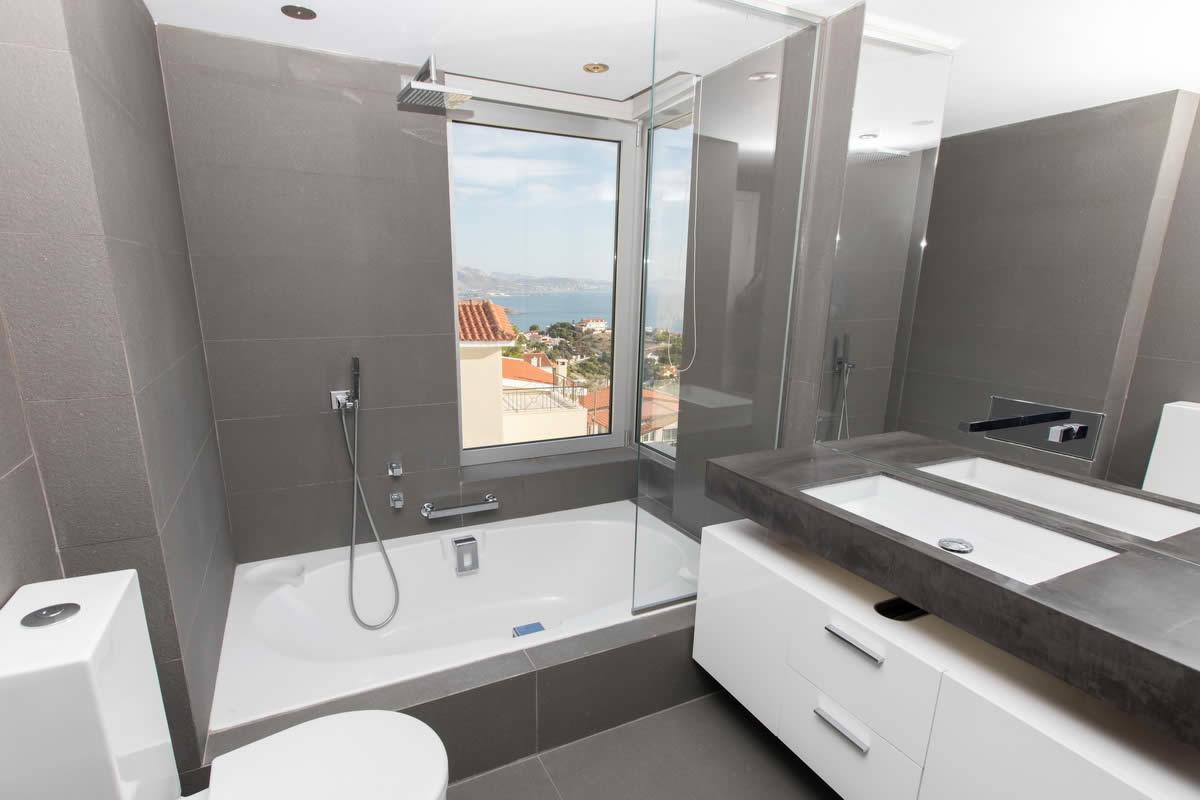 villa-luxe-vue-imprenable-golfe-saronique-a-vendre-lagonisi-attica-cheminee-terrasse-barbecue-piscine