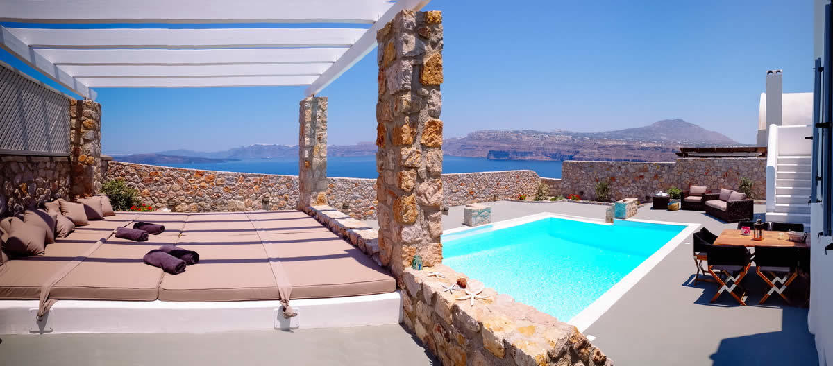 villas-luxe-panorama-extraordinaire-a-vendre-santorin-piscine-parking-spa-plage