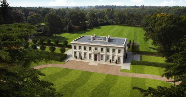 extremely-rare-land-sale-surrey-england-residence-pool-sauna-hammam-jacuzzi-garage