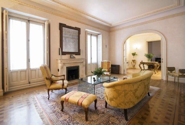 magnifique-appartement-ancien-a-vendre-hauteurs-plafond-parquets-concierge-ascenseur